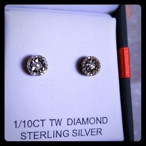 *NEW* 1/10 CT TW Diamond Earings Sterling Silver